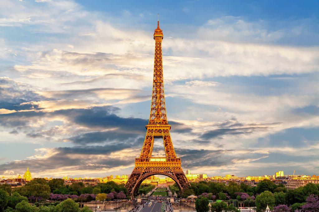 Tour Eiffel,revue de presse SoRezo, août 2019